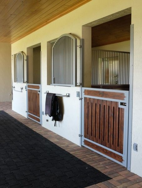 Wellington, Florida horse barn
