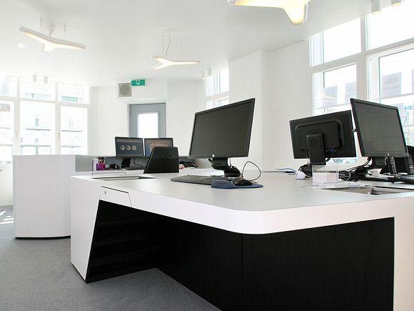 Studio Niels™: Makelaars Kantoor