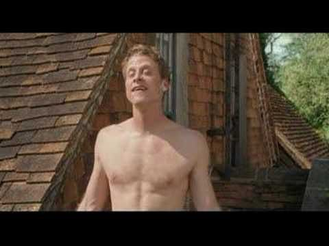 Death at a Funeral. First of all, British version is WAY better. Secondly, Alan Tudyk steals the show!