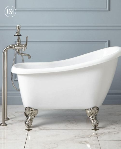 9 best simple retro bathroom images on pinterest for Built in clawfoot tub