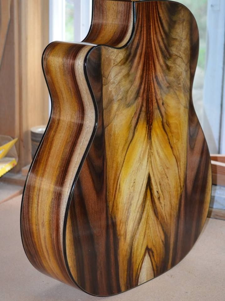 Indonesian Rosewood 000 Model By Exhibitor Brent Mcelroy Mcelroy Guitars Beautiful Guitars Music Guitar Acoustic Guitar