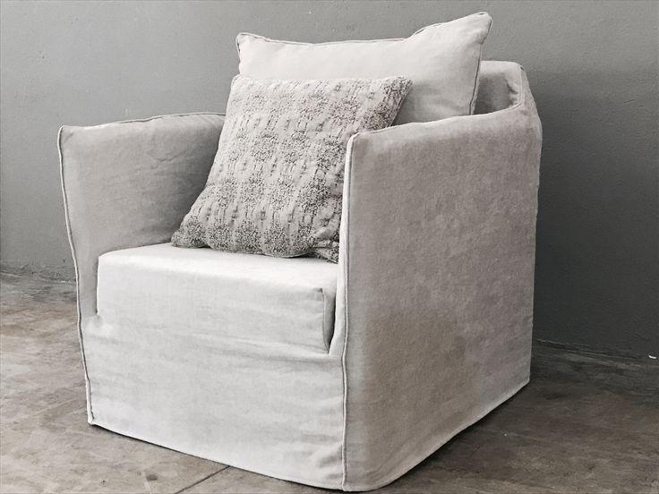 fauteuil sur mesure mila en lin lav beige ciment. Black Bedroom Furniture Sets. Home Design Ideas