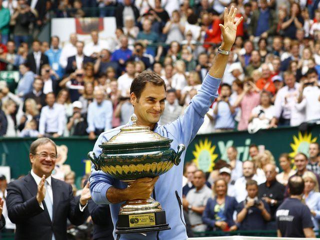 Roger Federer beats Alexander Zverev for record ninth Gerry Weber Open title