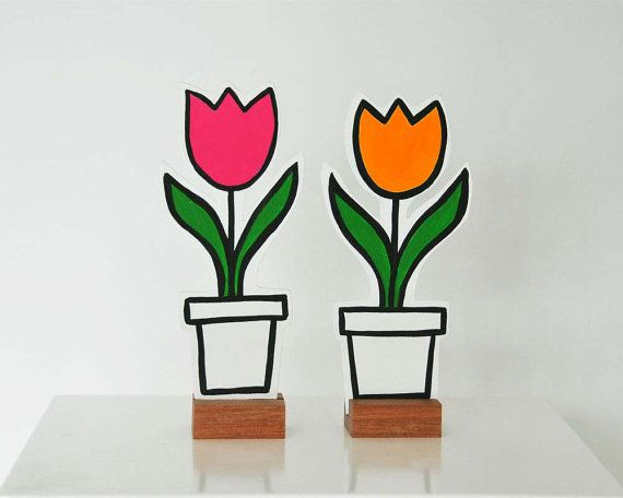 Set of 2 wooden tulips. Spring time. by rosesarerednl on Etsy