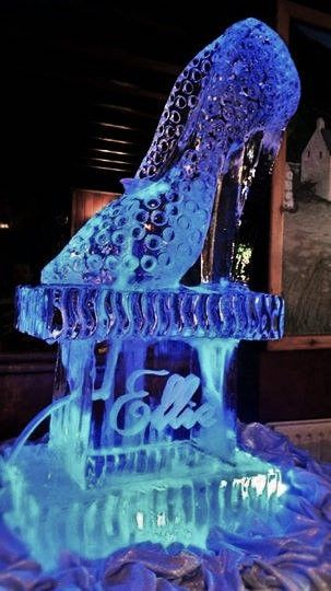 high heel ice sculpture drinks luge | Ice Sculptures ...