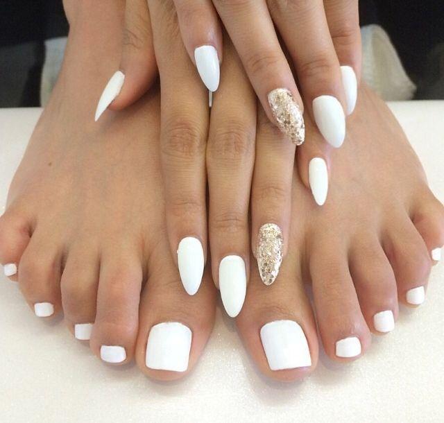 White mani w/ gold sparkle