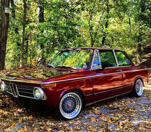 いいね!911件、コメント13件 ― Bmw Classic 02'sさん(@bmw02club)のInstagramアカウント: 「Red classic beast!  by @omartinez4 #Bmw #2002 #1502 #1802 #1600 #2000 #bmw2002 #bmw1502 #bmw1802…」