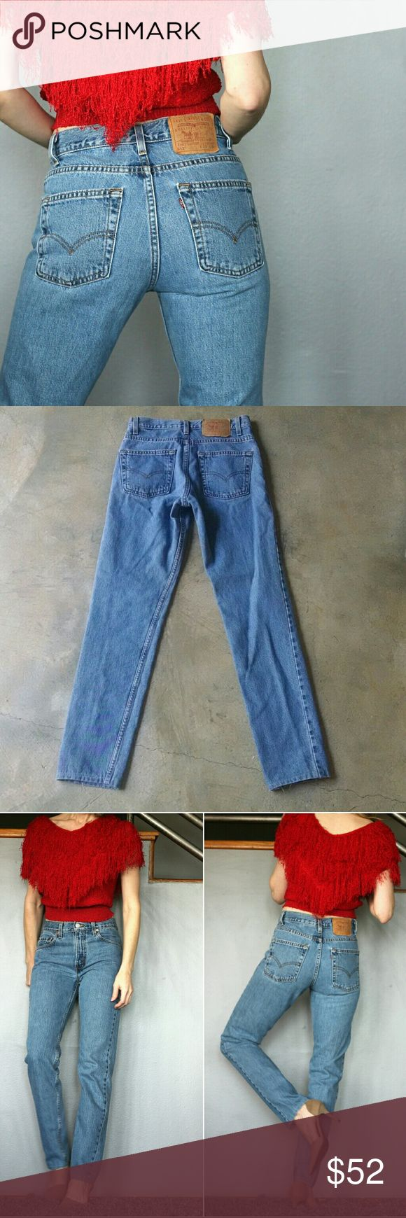 """👖 Levi's 512 Jeans Levi's 512 Slim Fit Tapered Leg size 29 x 34 - length has been altered (looks like it was shortened/ hemmed by non-professional) - see pic & meas. 100% cotton made in the USA Great looking pair of jeans. waist 14"""" across rise 10.5"""" hip 18"""" inseam 30.5"""" shown on 5'8"""" size 4  great condition overall - appear to have been shortened/altered at leg hems - see pic. 501 80s 90s mom jeans denim 512s urban outfitters brandy melville zara reformation vintage Listed price firm…"""