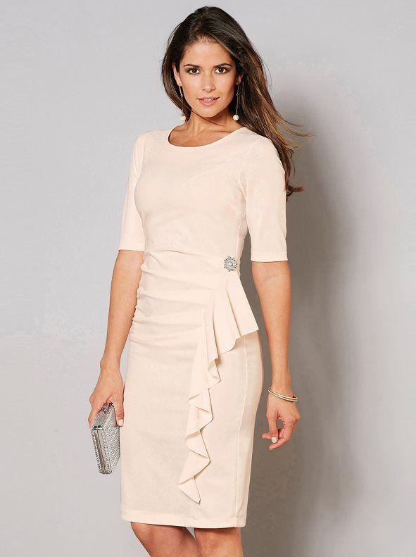 f670ddc47 Este sofisticado vestido de fiesta cumplirá todas tus expectativas en tus  eventos más importantes. Vestido
