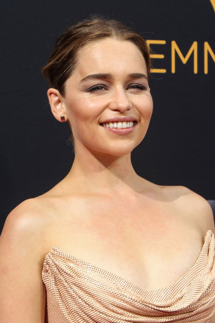 September 18: 68th Annual Primetime Emmy Awards - 0917 68thEmmys 0293 - Adoring Emilia Clarke - The Photo Gallery