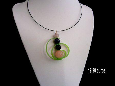 pendentif perle de verre et silicone