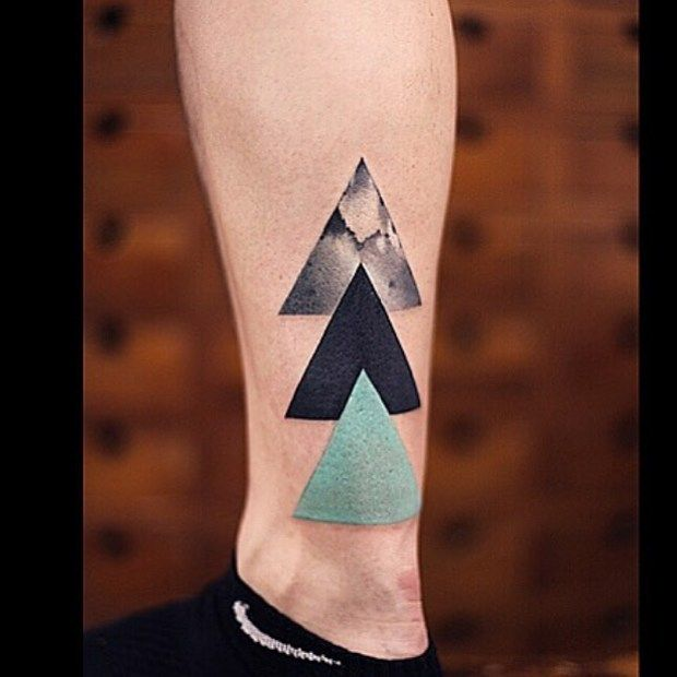 Tricolor triangles (c) @newtattoo Beijing China by tattrx