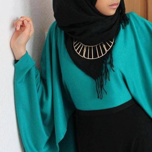 Elegant hijab outfit. Beautiful!