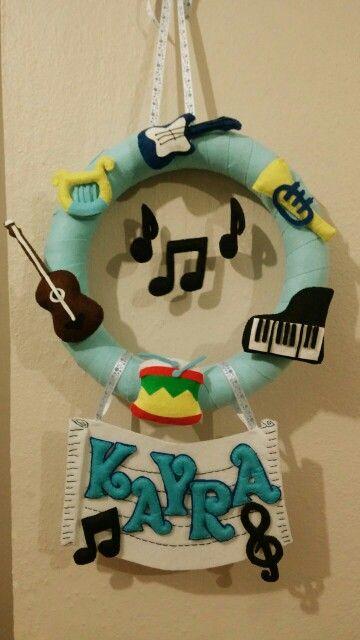 Musical wreath