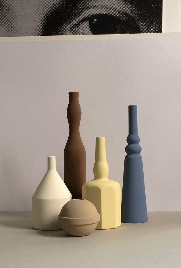Vasi in ceramica fatti a mano ispirati dalle nature morte di Giorgio Morandi. Hand-mad ceramic vases inspired by Giorgio Morandi vases. Le Morandine, Sonia Pedrazzini http://www.lemorandine.it #vemceramica #vemitalia