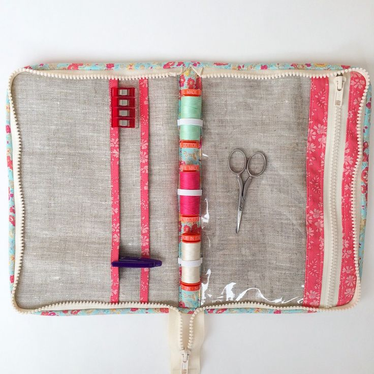 Make a sweet zippered travel case to hold all of your sewing notions and tools from Oh How Sweet. #sewing #case