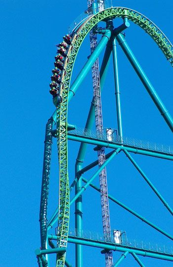 I so want to ride this one...Kingda Ka, Six Flags Great Adventure, Jackson, N.J. (Six Flags Great Adventure)