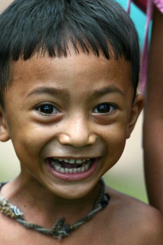 La sonrisa espontánea de un inocente niñito. (drsa)