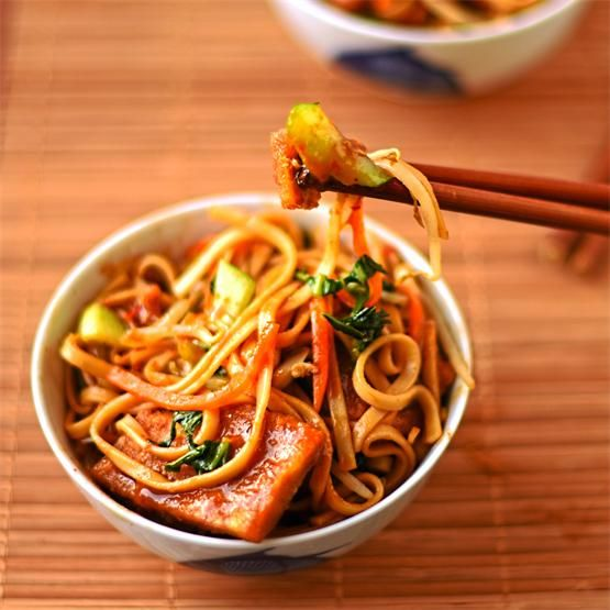 vegetable chow mein by @Circusgardener - #KeepOnCooking
