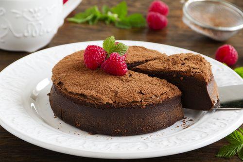 Te ofrecemos dos sencillas recetas para que elabores dos increíbles tartas. Son deliciosas y aptas para diabéticos. ¡No te lo pierdas!