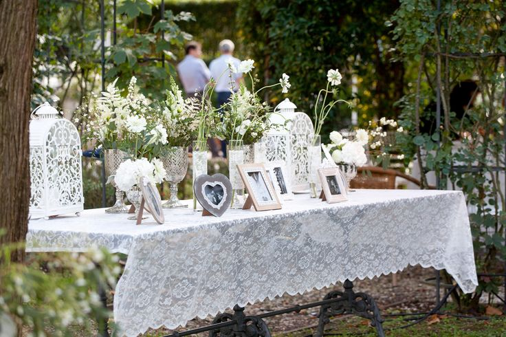 We created fabulous vintage decorations for wedding reception in Lucca, Italy. Three romantic days, three different reception arrangements. By artsize.pl