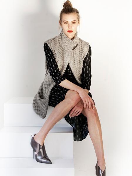 Grey mohair sleeveless cardigan / Warm, Stylish Vest with pockets