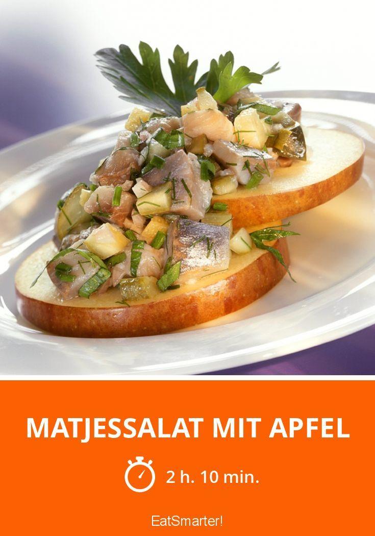 Matjessalat mit Apfel - smarter - Zeit: 2 Std. 10 Min. | eatsmarter.de