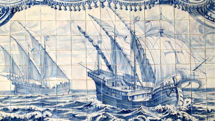 Em 1499, Vasco da Gama virou um heroi nacional português, com título de nobreza e tudo, ao voltar para casa apósencontrar o caminho por mar de Portugal até a Índia, de onde era possível trazer temperos valiosíssimos, pelos quais os europeus, cansados de comida sem gosto, estavam dispostos a pagar uma fortuna. Mas aí, em 1500, quase que tudo foi por água abaixo para os lusitanos.