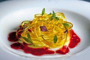 12 блюд молекулярной кухни, которые можно приготовить дома