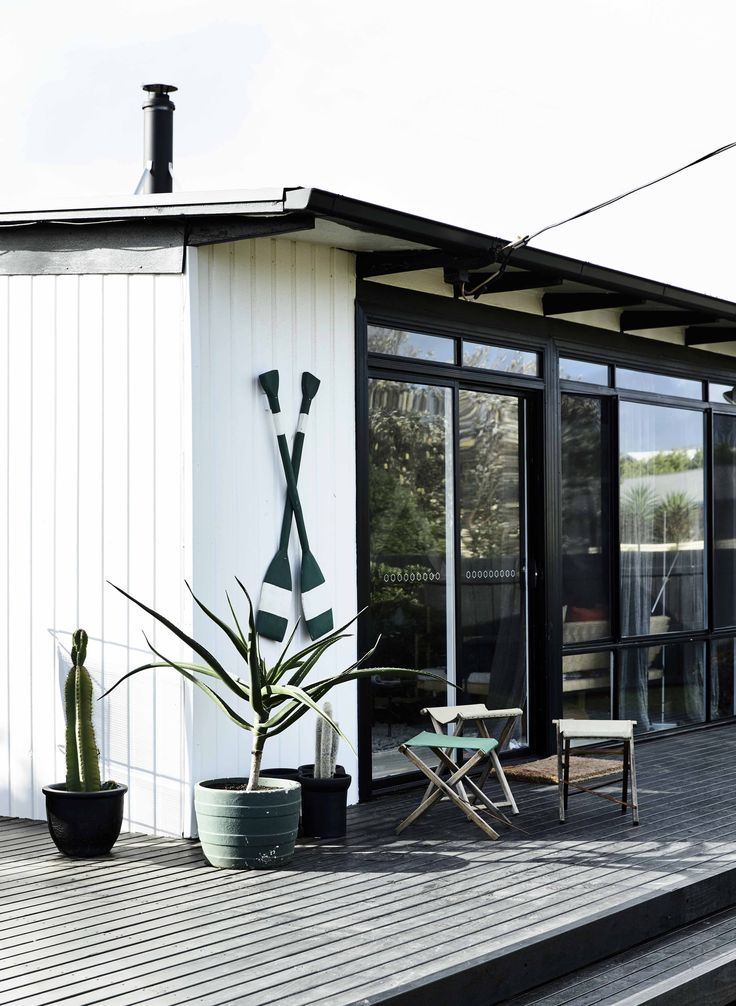 Phillip Island Beach Shack: We painted the walls, built a deck to enhance the outdoor living space and capitalise on the ocean views. Colours used are Haymes Organic 1 and Haymes Impact.