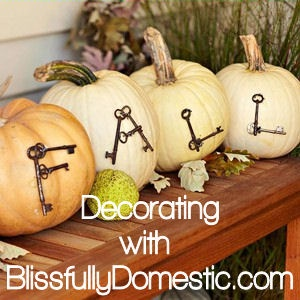 Fall decor ~ ideas & inspiration. I would make this a sign or use fake pumpkins!
