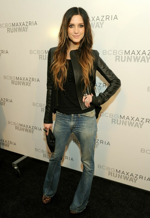 Hair + outfit (Ashlee Simpson)