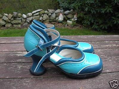 Mini Qtee Turquoise 8 or 8.5