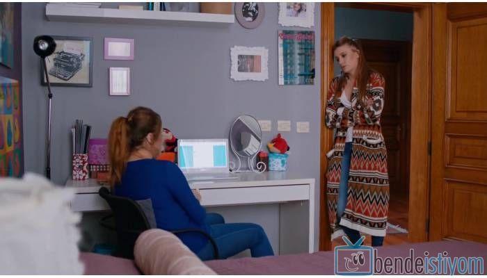 Star TV yayınlanan Medcezir dizisinde Mira Beylice karakterini canlandıran Serenay Sarikaya'nın, 63. bölümünde giydiği etnik desenli hırka