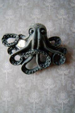 Octopus ring by Nikkotakko