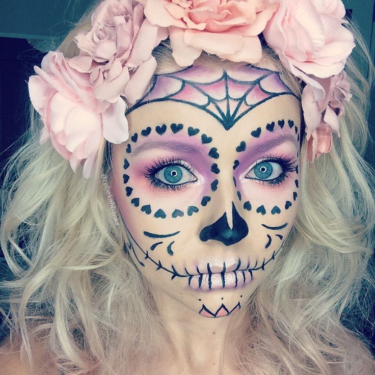 25 best ideas about sugar skull halloween on pinterest sugar skull halloween costume sugar. Black Bedroom Furniture Sets. Home Design Ideas