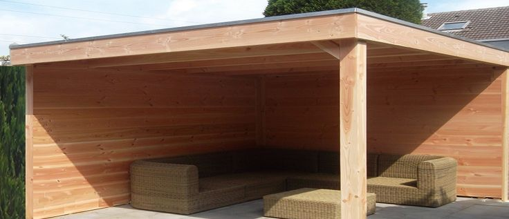 -6- Moderne vrijstaande veranda overkapping met plat dak van lariks douglas hout zelfbouw bouwpakket