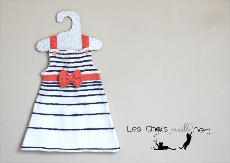 Robe de plage bébé en coton, blanche et rayures bleu marine, avec petit nœud corail, 12 mois #chatsmaillerient