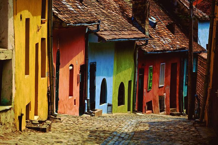 Join buildyful.com - the global place for architecture students.~~Romanian Architecture_Street of Sighisoara, Mures County, Transilvania Region, Romania