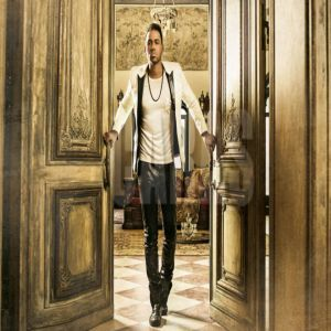 Descargar Album Romeo Santos - Golden 2017 Gratis