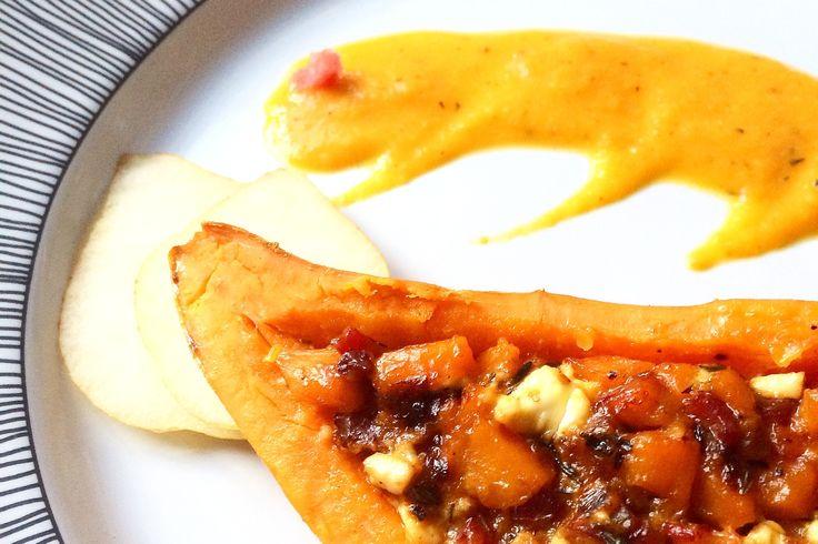 Süßkartoffel gefüllt mit Kürbis, Feta und Speck an Kürbis-Birnen-Sößken