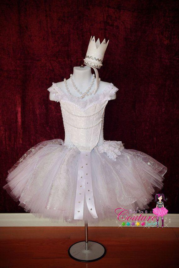 Reina Blanca inspirado Vestido de Alicia a por SofiasCoutureDesigns