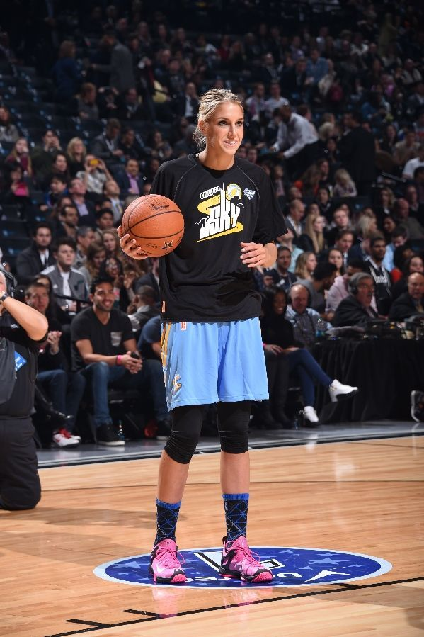 Elena Delle Donne, Chicago Sky basketball