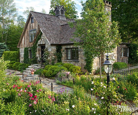 The elements of cottage garden design gardens cute for Cottage garden design