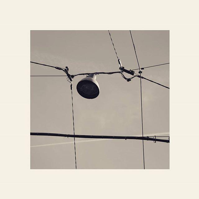 #blackandwhite #bw #eos7d #canon #bologna #bolognacittà #square #rete #ragnatela #sky #energy #highvoltage #altatensione #net #lines #cielo #web #lines #order #art #arte #art
