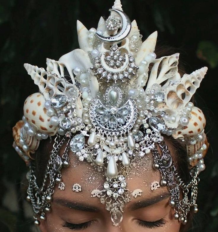 17 Best Ideas About Black Flower Crown On Pinterest: 17 Best Ideas About Flower Costume On Pinterest