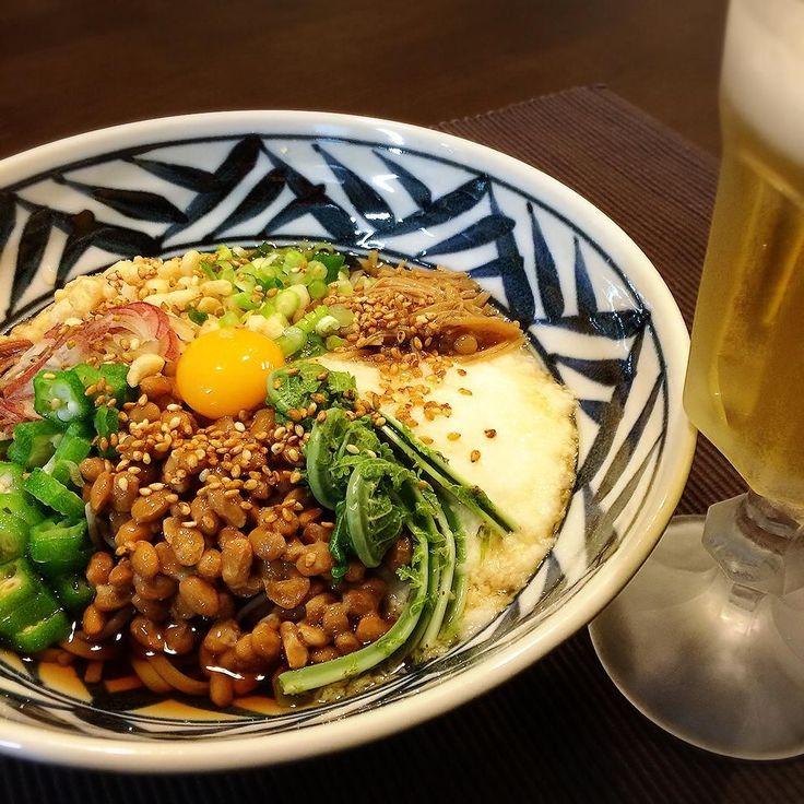 こんばんは 今夜は ぶっかけだけ笑 お蕎麦食べたくて具をいっぱい乗せたくてこれ 月曜は遅い夕食だから軽くヘルシーに って手抜きしただけ  #おうちごはん#和食#夕食#晩ご飯#お家居酒屋#キッチンドリンカー#晩酌#宅飲み#ビール##dinner#instafood#yummy#inmykitchen#japanesefood#foodstag#foodpic#foodstyling#kaorintable#beer by kaorin_818