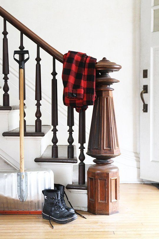 This Weekend: Spruce Up Your Messy, Tired Entryway