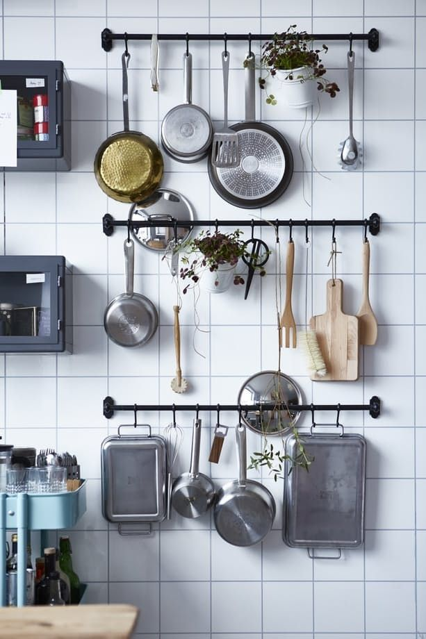 Best 25+ Hanging pans ideas only on Pinterest Hanging pots, Pot - kitchen storage ideas for small spaces