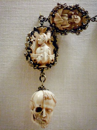 exquisite ivory rosary with gilded silver chain - germany, c.1500-1525